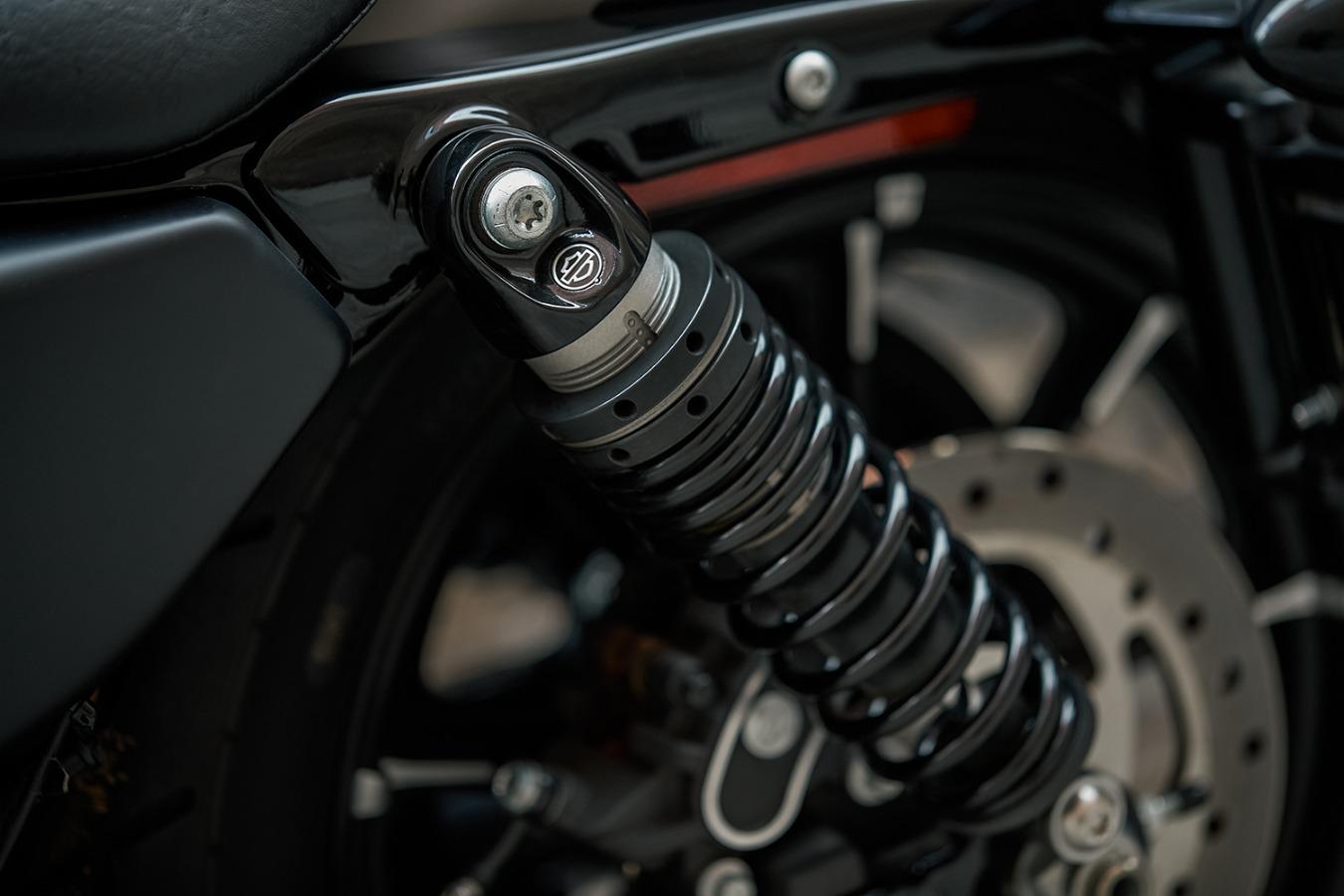 Harley-Davidson Ravenna IRON 2018