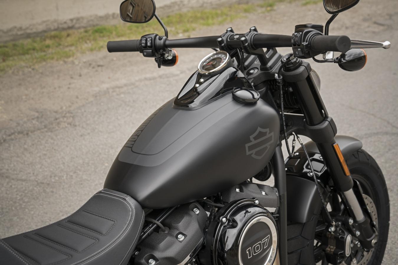 Harley-Davidson Ravenna FAT BOB 107